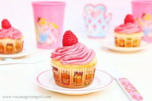 Vanilla Cupcakes with Raspberry Frosting | roxanashomebaking.com