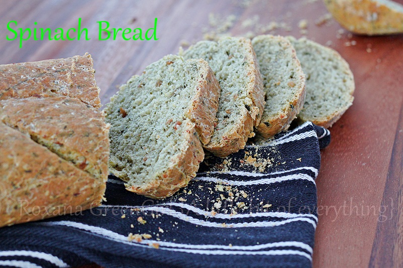 Spinach and Quinoa Bread | roxanashomebaking.com