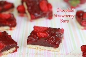 Chocolate Strawberry Bars | roxanashomebaking.com