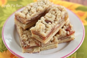 apple pie bars | Roxanashomebaking.com