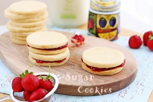 lemon sugar cookies | roxanashomebaking.com