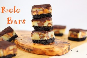 Homemade Rolo Bars | Roxanashomebaking.com