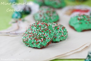 Mint-chocolate-muffin-top-cookies-recipe-roxanashomebaking