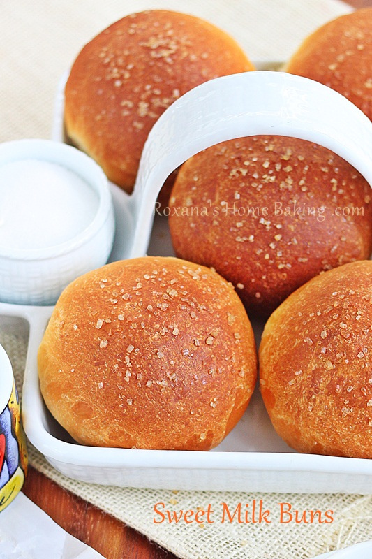 Evaporated milk sweet buns from Roxanashomebaking.com -  soft, sweet, buttery with a creamy crumb and a golden crust