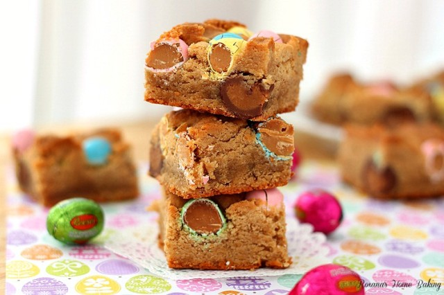 peanut butter cookie bars with Reeses peanut butter eggs recipe 3