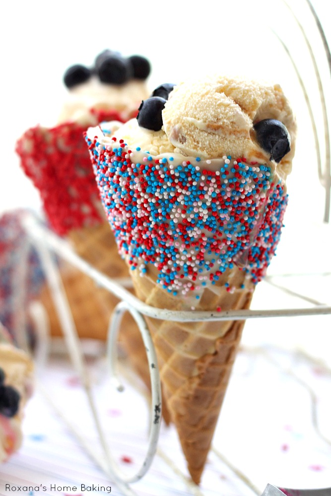 fun and easy 4th of July project for the kids. Waffle cone dipped in ...