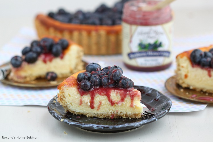 Berry goat cheese cheesecake recipe
