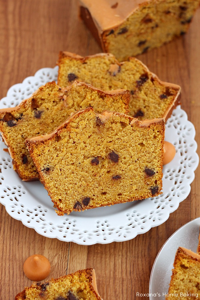 This easy, super moist chocolate chips pumpkin quick bread is packed with all the amazing fall flavors