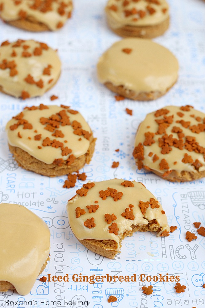 Iced gingerbread cookies. Recipe from Roxanashomebaking.com