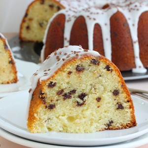Chocolate chip amaretto cake recipe