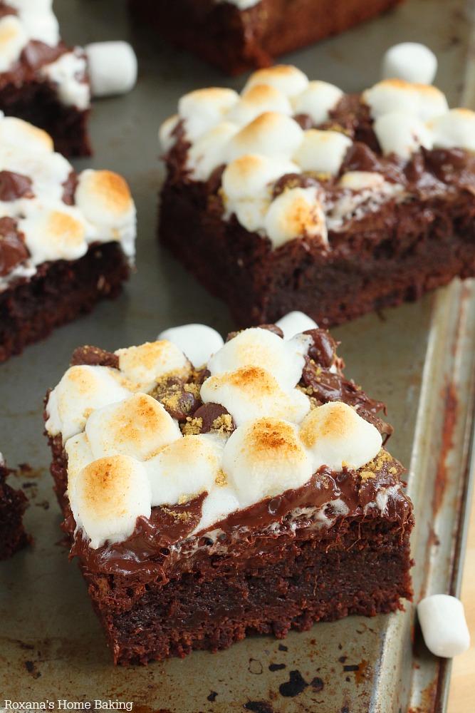 S'more brownies recipe from Roxanashomebaking.com